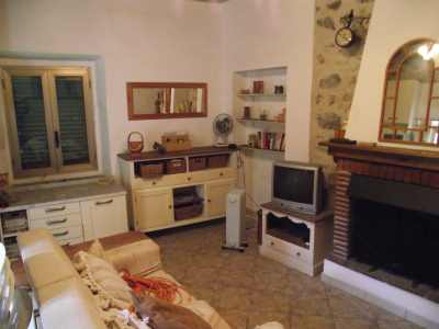 Cheap house to restore in Tuscany