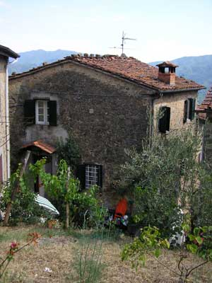 Tuscan village house